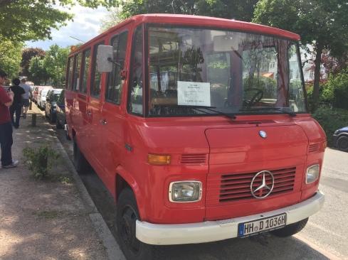 Mercedez bus